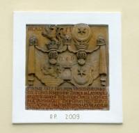 deska na kostele v Laškově