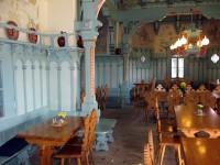 Restaurace uvnitř