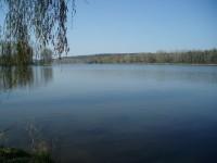 K rybníku Záplavy u Kladna
