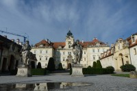 Valtice-zámek a okolí