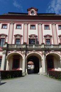 Hluboká nad Vltavou: Lovecký zámek Ohrada a Zoo
