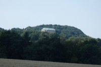 Za čertama na hrad Houska