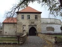 hlavní vstup do hradu