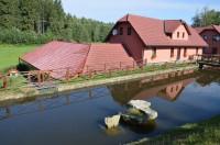 Dočkalův mlýn u Michalovic, klidné místo posezení nedaleko Havlíčkova Brodu.
