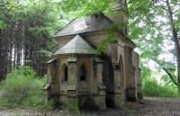 Kvasetice - hrobka rodiny Schmidtů