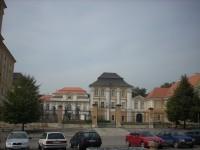Pohled na zámek z parkoviště