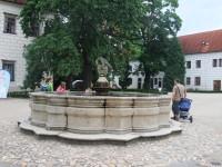 Charakteristická Schwarzenberská kašna