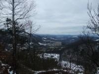 Pohled do údolí řeky Ohře
