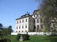 Zámecký park Karlova Koruna
