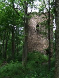 Předsunutá bašta u hradu Hasištejn