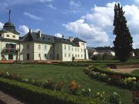 Zámecká zahrada v Manětíně