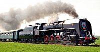 Netradiční oslava vzniku republiky – parní lokomotivou na hrad Křivoklát