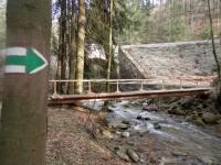 Obnovená předválečná turistická trasa pod Ptačí planinou v Branné
