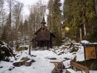 Zimní Stožec - výlet ke kapli a skále