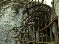 Blaník a jeskyně Klácelka