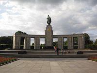 Sovětský památník v Tiergartenu