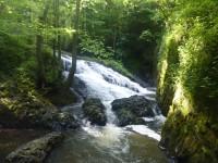 Bobří soutěska s vodopády