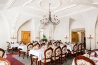 Restaurace Zámek Hrádek - dobrá zveřina Petron