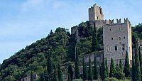 Hrad Arco - procházka mezi olivovníky na příjemném středomořském vzduchu