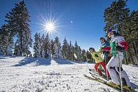 Šumavský skiareál Hochficht láká na novou kabinkovou lanovku a lyžování pro děti zdarma.