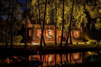 Tajemný Spreewald o srpnových nocích rozzáří tisíce světel