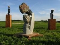 Výstava afrických soch; zdroj foto: Grund Resort Golf&Ski