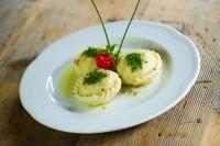 Korutanská alpsko-jadranská gastronomie spojuje požitek a pospolitost s tradicí.