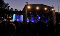 Foto: Ostrovní festival; www.vinobranilitomerice.cz