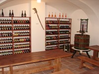 zdroj: Národní zemědělské muzeum Praha; FOTO: Muzeum vinařství, zahradnictví a životního prostředí ve Valticích