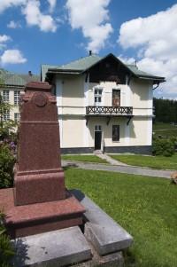 Karlova Studánka – Vilémova busta