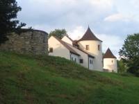 Středověká tvrz Žumberk