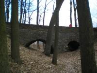 Kamenný most, pozůstatek z týnského hradu