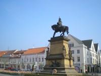 Pomník krále Jiřího z Poděbrad