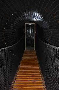 Po výstupu z důlního výtahu se vám bude točit hlava...