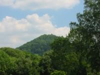 Zámecký vrch s Kamenickým hradem