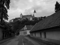 pohled na Hrad z obce Křivoklát