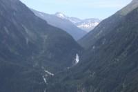 Netradiční výhled na Krimmelské vodopády
