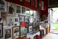 Expozice v průjezdu v Koválovicích  -  Osičanech
