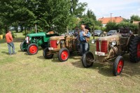 Traktory pana Václava Brožka při setkání Němčic v obci Němčice u Netolic
