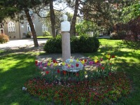 Bystřice pod Hostýnem - pomník Františka Táborského