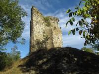 Za hradními zříceninami a skálami do Otaslavic