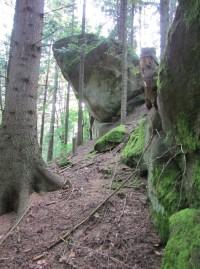1.skalní oblast za Lidečkem - Čertova stěna a okolí