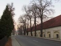 Barokní sýpka a hospodářský dvůr v Lukově