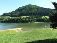 Klenov od přehrady Bystřička