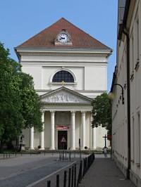 klasicistní kostel Vzkříšení Páně