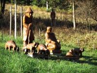 Velké Karlovice - Galerie soch v Pluskovci