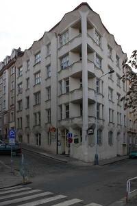 Praha, kubistický dům na rohu Neklanovy a Přemyslovy