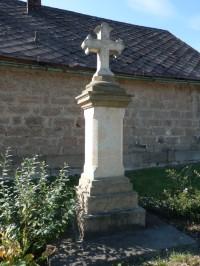 Křížek naproti hostinci U Krejčů