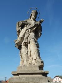 Holovousy - socha svatého Jana Nepomuckého