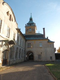 Holovouský zámek